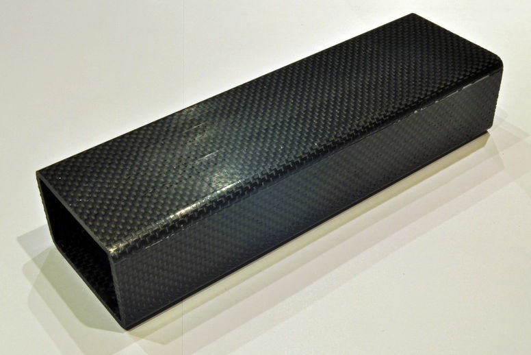 Zoom: Rectangular profile made of carbon fibre, dimension on customer request